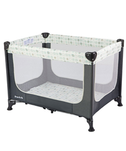 "Dream On Me ""Zodiak"" Portable Playard - CookiesKids.com"